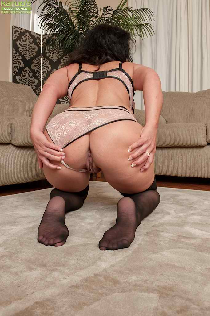 Desperate house milf wife